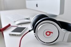Bí quyết học Tiếng anh hiệu quả bằng cách nghe nhạc Âu Mỹ